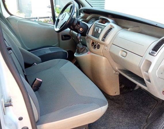 Opel Vivaro prednji sic